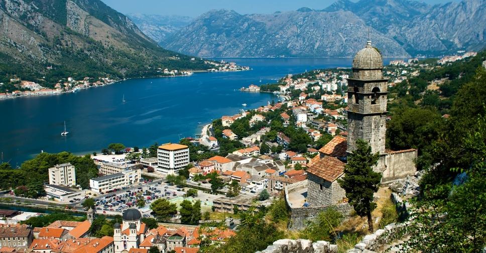 Как получить гражданство Черногории при покупке недвижимости или за инвестиции для граждан России